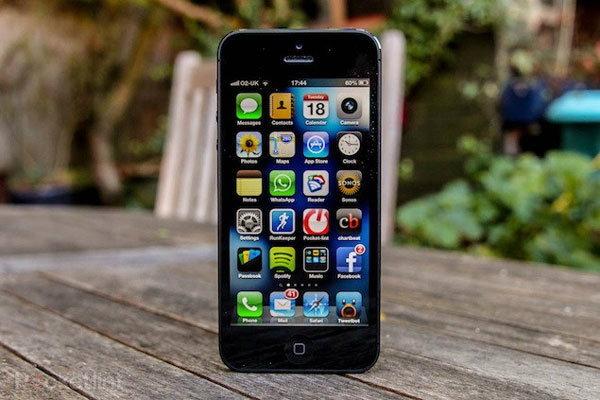 ภาพหลุด กรอบด้านหน้า iPhone 5S คาดเปิดตัว กันยายนนี้
