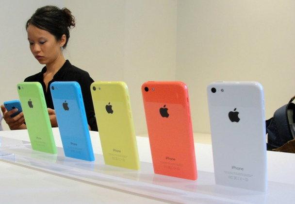 "iPhone 5C งานนี้ชี้ชะตา ""ทิม คุก"""