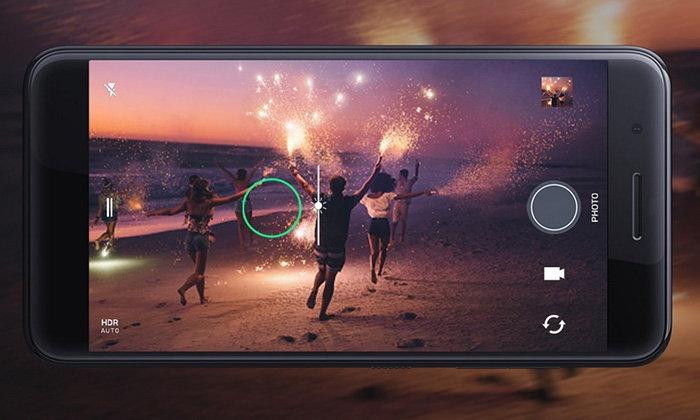 เอชทีซี เปิดตัว HTC One X10 สมาร์ทโฟน สเปคดี พร้อมแบตฯ ใหญ่อลังการ