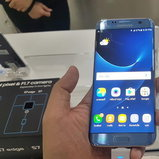 Samsung Galaxy S7 edge สี Blue Coral