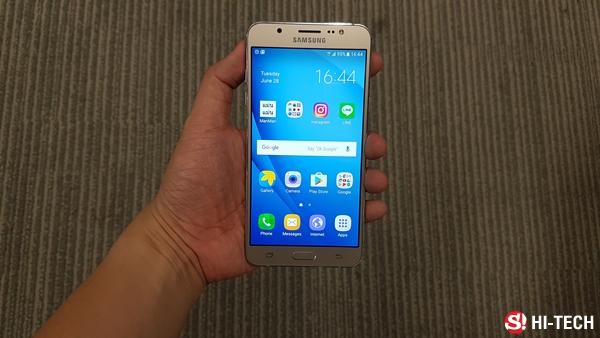 รีวิว Samsung Galaxy J7 Version 2 เพิ่มความหรูและเก่งกับมือถือขวัญใจมหาชน