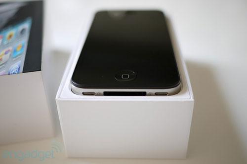เจาะลึกการใช้งาน iPhone4 สดๆ
