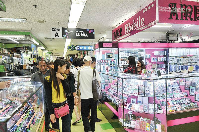 อัพเดทราคา iPhone และ iPad มือ 2 จากร้านตู้ MBK !!