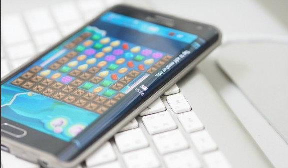 รีวิว  Galaxy Note Edge มีดีมากกว่าแค่เพียงจอโค้ง