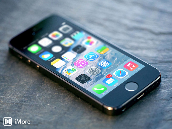 สื่อนอกเผย iPhone 5S จ่อปรับราคาลง 50% เหลือหมื่นเดียว ต้อนรับการมาของ iPhone SE
