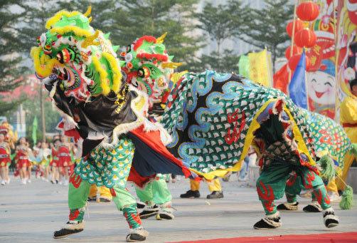 ตำนานการเชิดสิงโตใวันตรุษจีน