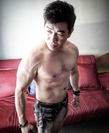 จตุพล ชมภูนิช