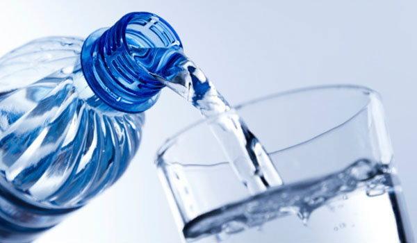 ดื่มน้ำแร่ ดีจริงหรือไม่?
