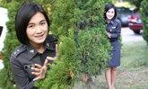 """""""ผู้กองพลอย"""" ตำรวจหญิงสุดน่ารัก ขวัญใจชาวโซเชียลคนล่าสุด"""