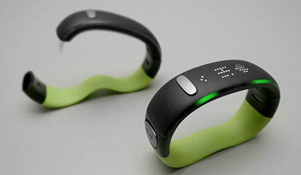 W/Me wristband สายรัดข้อมืออัจฉริยะ
