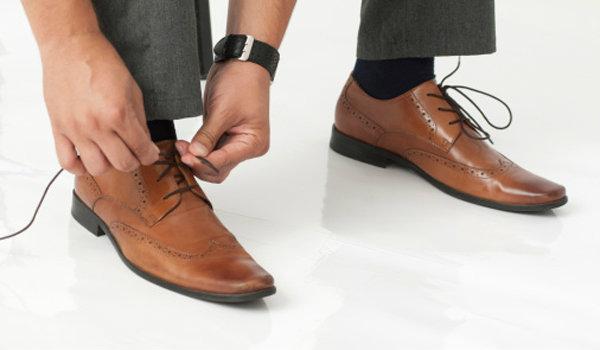 เลือกรองเท้าให้เหมาะกับสไตล์