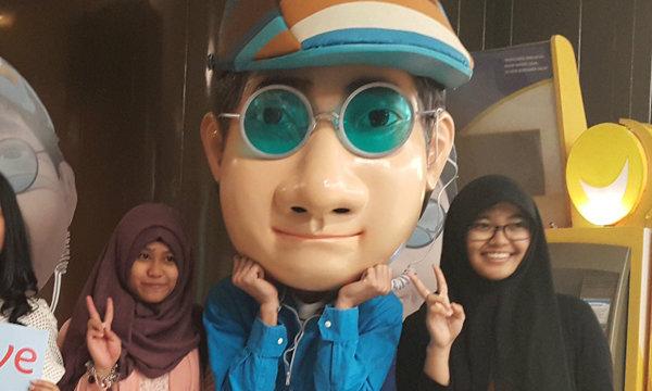 """เก้า-จิรายุ ทัวร์อินโดนีเซีย เปิดตัวหนัง """"โจหัวแตงโม"""""""