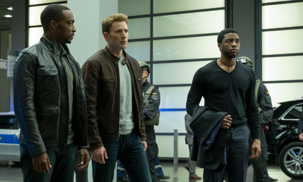 Captain America: Civil War ชื่อเหมือนแต่เนื้อเรื่องต่าง!