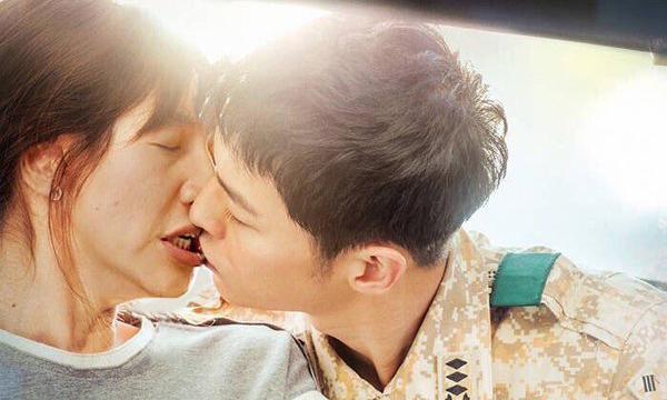"""""""อีกวางซู"""" กลายเป็นนางเอกคนใหม่ของ """"ซงจุงกิ"""" Descendants of the Sun"""