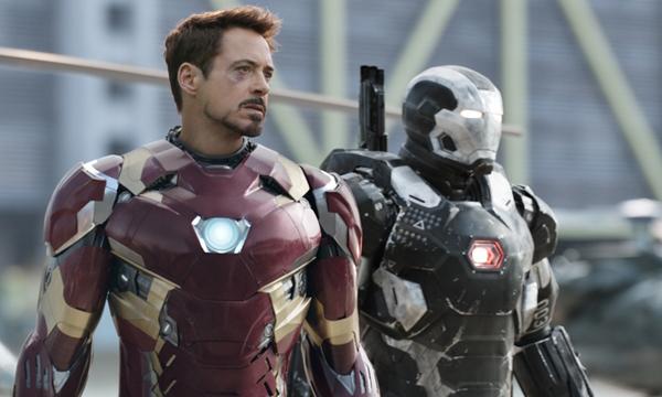 """โรเบิร์ต ดาวนีย์ จูเนียร์ หวนคืนบท """"ไอรอนแมน"""" ใน Captain America: Civil War"""