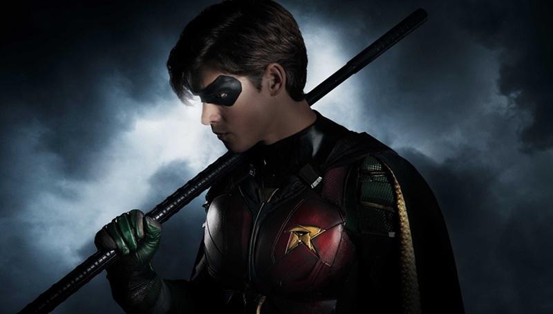 เปิดภาพแรก Robin ในซีรีส์ Teen Titans ฉบับคนแสดง