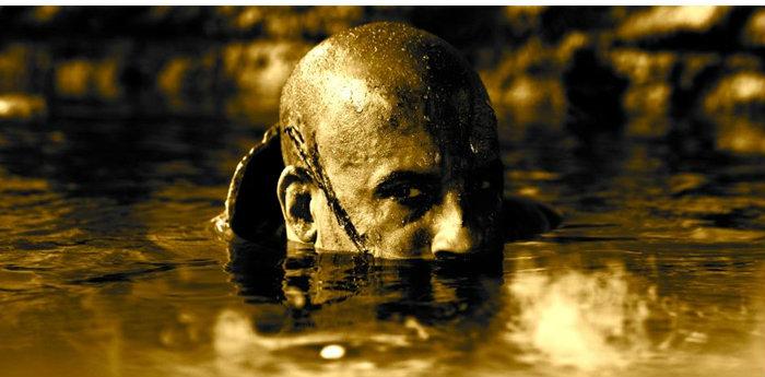 วิน ดีเซล โชว์กล้ามโต ในภาพชุดใหม่ภาคต่อ Riddick