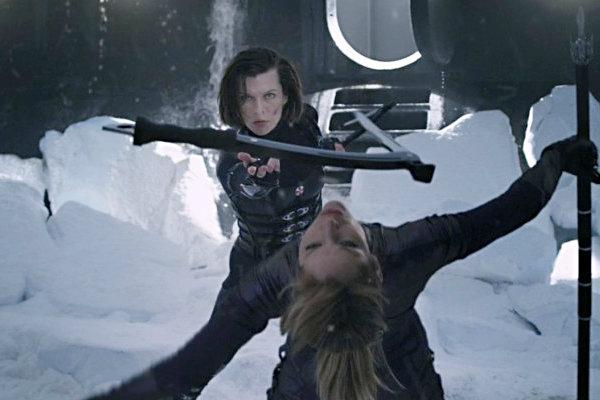 อลิซ ฉะ จิล ในคลิปฉากบู๊แรกจากหนัง ผีชีวะ 5
