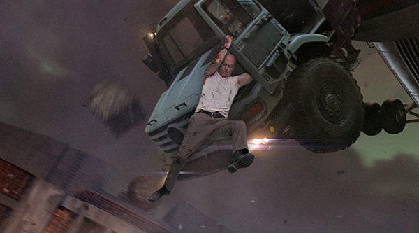 ดูเบื้องหลังวันดีมหาวินาศ ในหนัง Die Hard 5