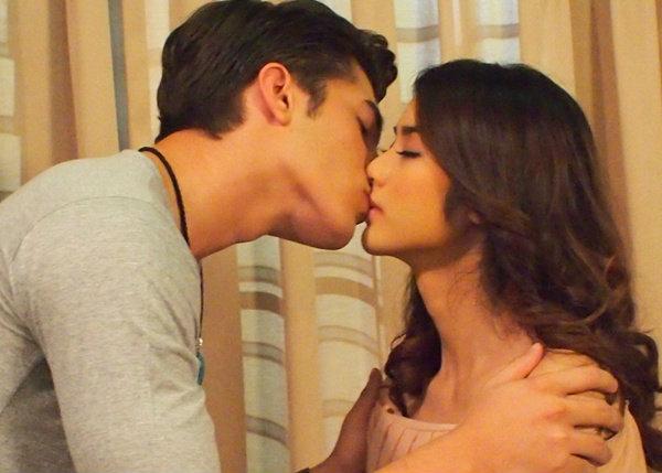 มะนาว เปิดซิง จูบปากผู้ชายครั้งแรกในชีวิต