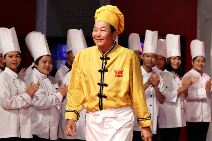 """""""เชฟเชน เคนอิชิ"""" สุดยอดเชฟอาหารจีน ประมือเชฟกระทะเหล็ก-ไทย"""