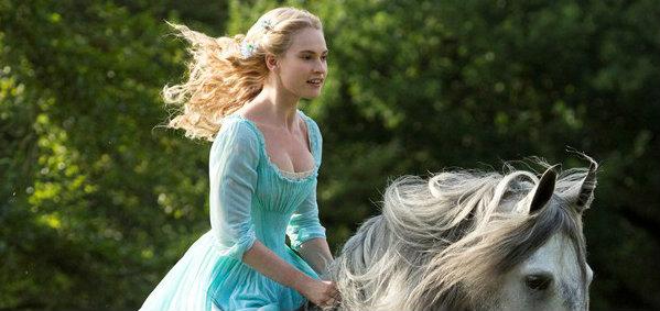 ภาพแรกจากหนัง Cinderella ฉบับคนแสดง