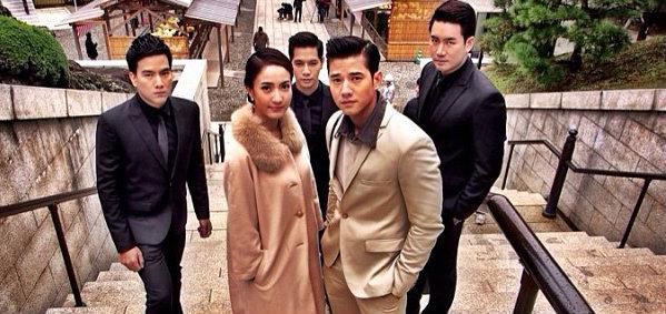ภาพหลังเลนส์ ของผู้จัด เจ็ท ณัฐพงศ์ กับทีมนักแสดง The rising sun