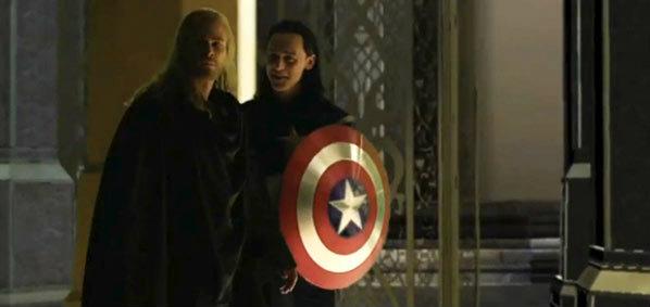 มาได้ไง! Loki โผล่แปลงร่างเป็นกัปตันอเมริกาใน Thor  The Dark World