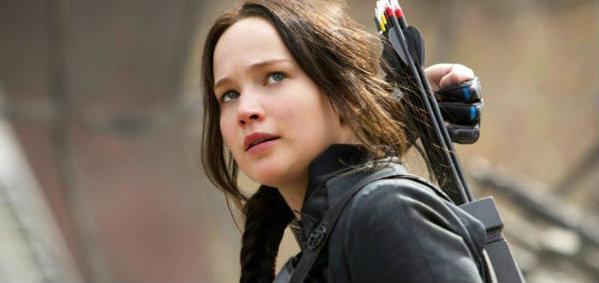 วิจารณ์หนัง The Hunger Games Mockingjay Part 1  นอกสนามประลอง