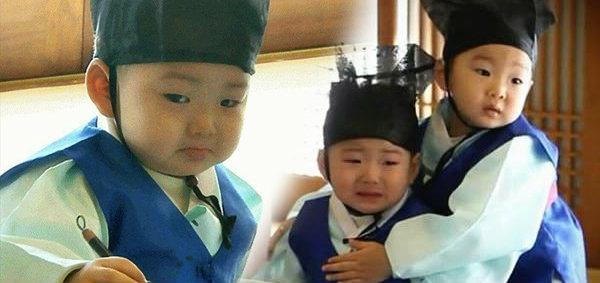 แฝดสามตระกูลซง 'แทฮัน มินกุก มันเซ' เผยการร้องไห้สุดน่ารัก!