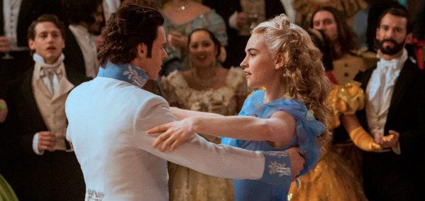 """เนรมิตรฉากงานเต้นรำสุดอลังการ สะกดผู้ชมทั่วโลกใน """"Cinderella – ซินเดอเรลล่า"""""""
