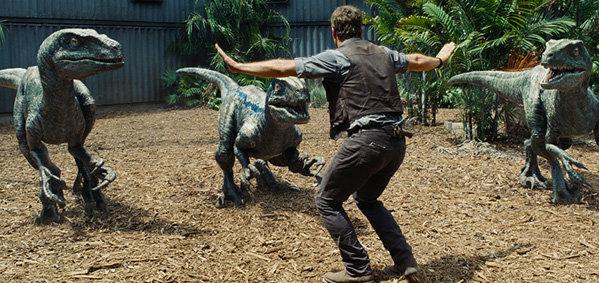 ชมตัวอย่างใหม่อลังการฟอร์มยักษ์ Jurassic World