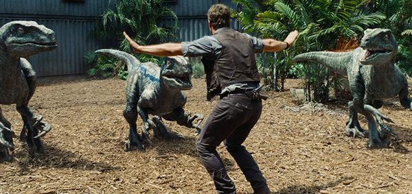 ชมตัวอย่างใหม่สุดอลังการจากภาพยนตร์แอ็คชั่นผจญภัยฟอร์มยักษ์แห่งปี Jurassic World (จูราสสิค เวิลด์)