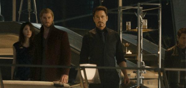 """""""สการ์เล็ตต์ โจแฮนสัน"""" หญิงเหล็กแห่งทีมซุปเปอร์ฮีโร่ """"Avengers: Age of Ultron"""""""