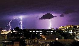 10 เทคนิคการถ่ายภาพฟ้าผ่า Stroke Lighting