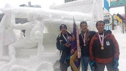 ทีมไทยสุดยอด แกะสลัก ตุ๊กตุ๊ก สัญญลักษณ์วิถีไทย คว้าแชมป์แข่งขันแกะสลักหิมะนานาชาติอีกครั้ง