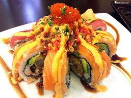 """อร่อยจนต้องต่อแถว """"KAIZEN SUSHI & HIBACHI"""""""