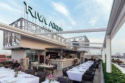 ดื่มด่ำบรรยากาศริมน้ำเจ้าพระยาที่ Above Riva ห้องอาหารรูฟท็อปแห่งใหม่บนถนนมหาราช