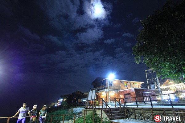 ชมดาวเมืองเชียงคาน