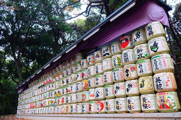 ถังหมักเหล้าซาเก ศาลเจ้าเมจิ ญี่ปุ่น