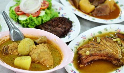 ฟูมุ่ยกี่ ชวนลิ้มรสชาติอาหารไทย จีน ฝรั่ง ฉบับจีนไหหลำ