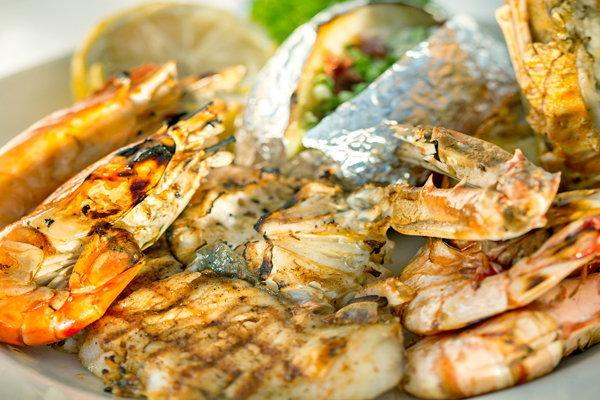บุฟเฟต์บาบีคิวซีฟู้ด สด อร่อย เคล้าบรรยากาศริมทะเลสุดชิลลที่หัวหิน