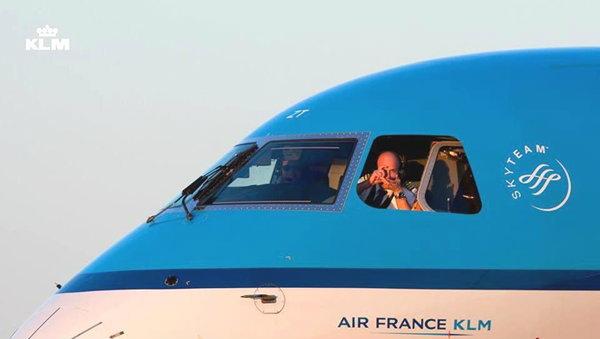 KLM Royal Dutch Airlines สายการบินต่างชาติที่แคร์คนไทย