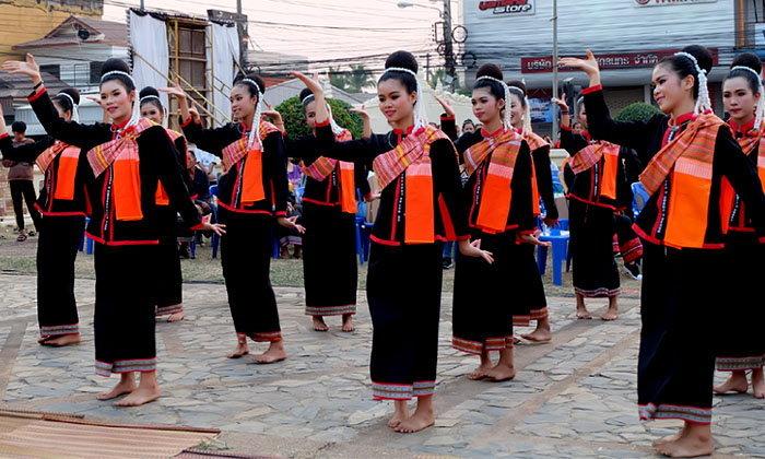 """สืบทอดวัฒนธรรมไทย สกลนครจัดงานยิ่งใหญ่ """"ผู้ไทโลก"""""""