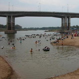 หาดทรายหรรษา เมษาที่เมืองสิงห์