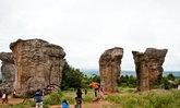 """มหัศจรรย์ """"มอหินขาว"""" หอเอียงปิซ่า..เมืองไทย แห่งภูแลนคา"""