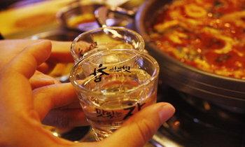 มารู้จักวัฒนธรรมเกี่ยวกับอาหารของเกาหลีให้มากขึ้นกับเช็คลิสต์พิชิตใจโอ๊ปป้าตั้งแต่มื้อแรก !!!
