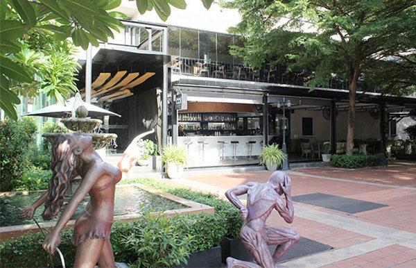 มาชิมสเต็กสูตรเด็ดที่ 661 Silom B.A.R & C.U.T Steakhouse