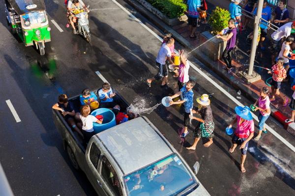 เผย '33 เส้นทาง..ในกรุงเทพฯ' ห้ามรถขนน้ำ ติดเครื่องเสียง เล่นน้ำในช่วงสงกรานต์