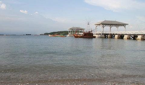เที่ยวตามรอยละครเกมร้ายเกมรัก แวะชมงานรำลึก 100 ปี เกาะสีชัง